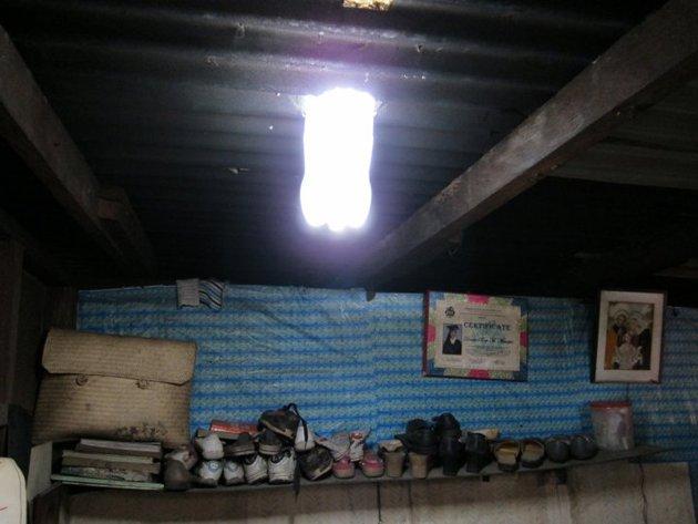 Ahorrando Lampara Hecha Con Botella De Luz Solar
